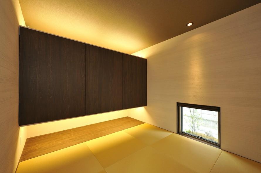 YT-teiの部屋 琉球畳を敷いた和モダン空間