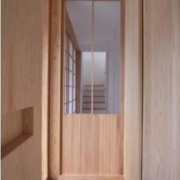 MUKURI house (玄関)