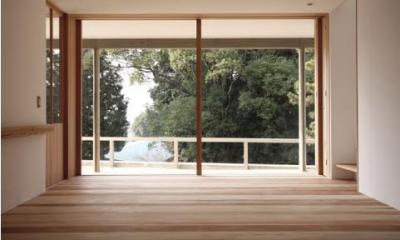 MUKURI house (テラスと繋がりのあるリビング)