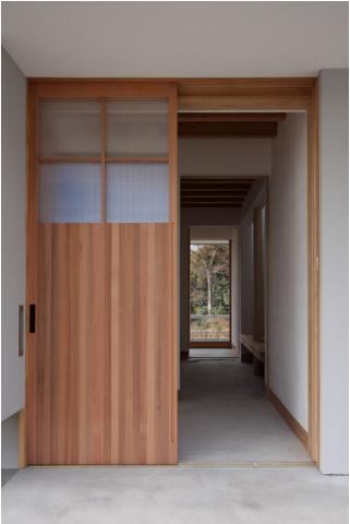 smoke hutの部屋 玄関