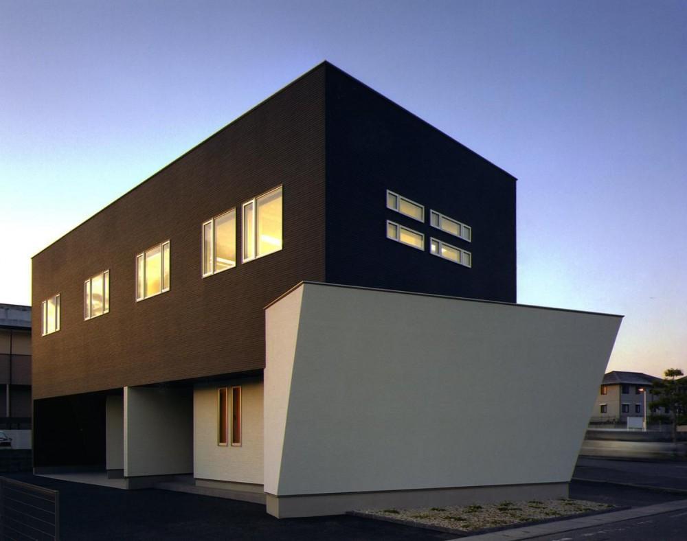 I-office 「造形の箱」 (外観)