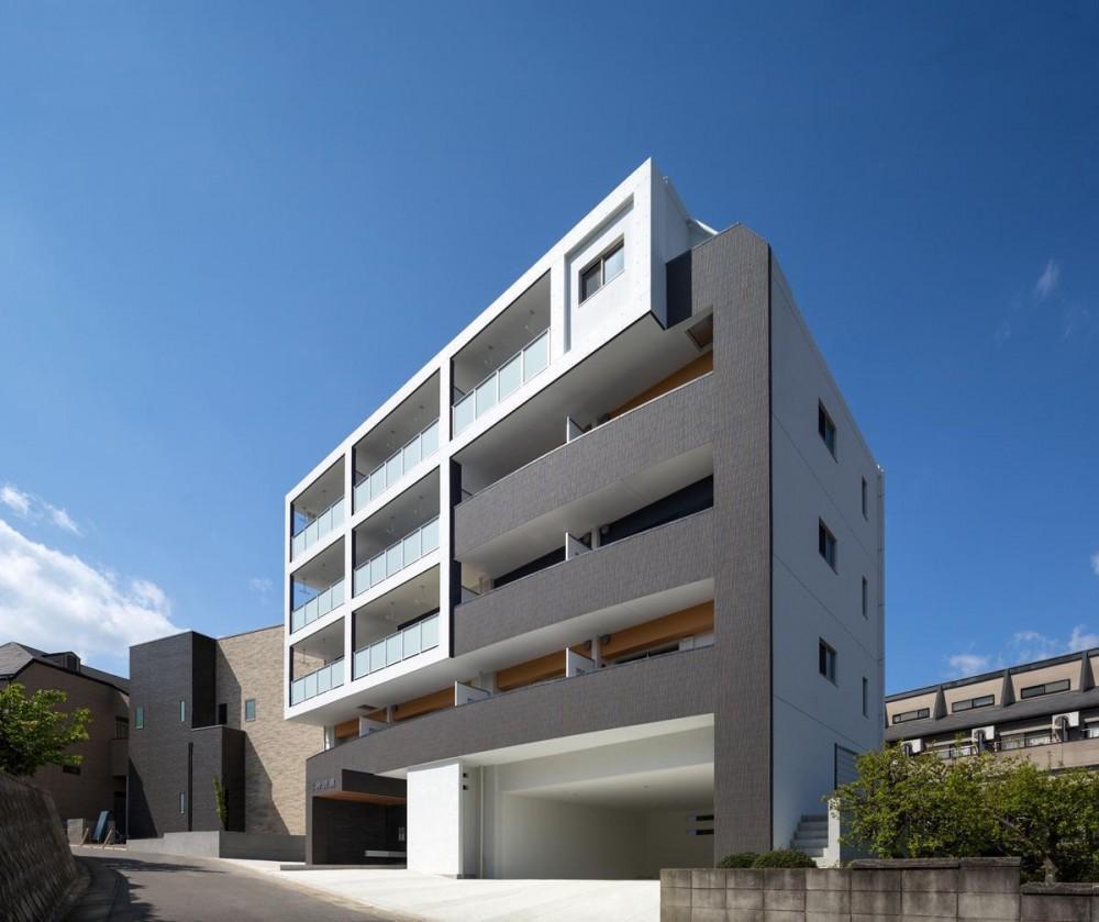 M-B.L.D 「曲線と直線の建築」 (外観)
