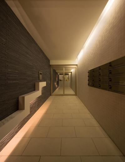 玄関 (M-B.L.D 「曲線と直線の建築」)