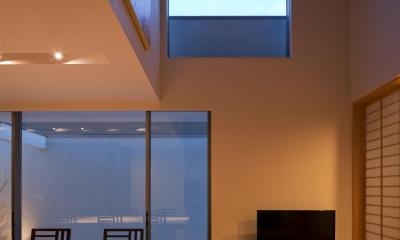 M6-house 「幾何学の家」 (リビングダイニング)