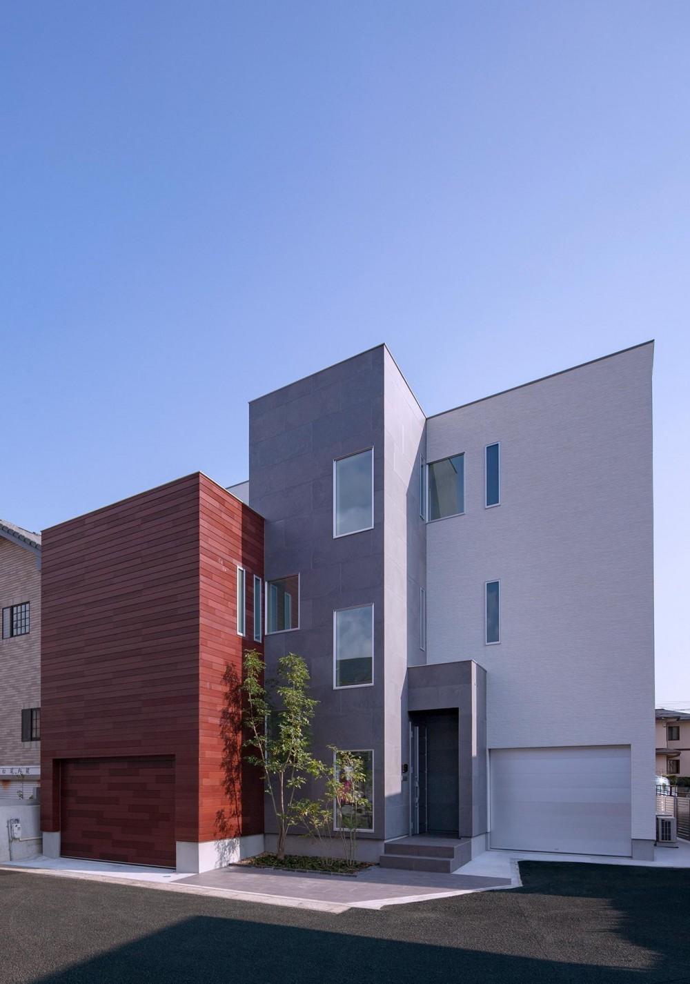 外観 (Y8-house 「木と石の家」)