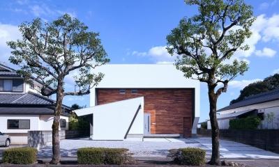 I3-house 「丘の上にある造形」