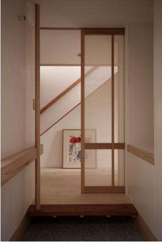 Dormer Hutの部屋 玄関框