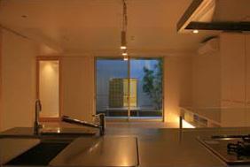 Takeo I-Houseの写真 キッチンから望む