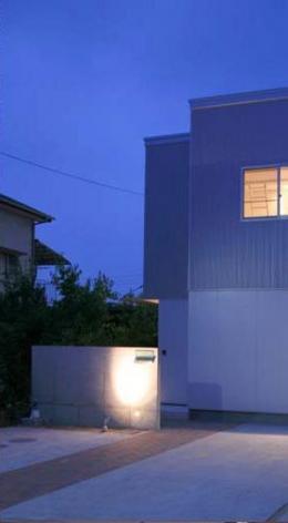 Takeo I-House (外観・駐車スペース)