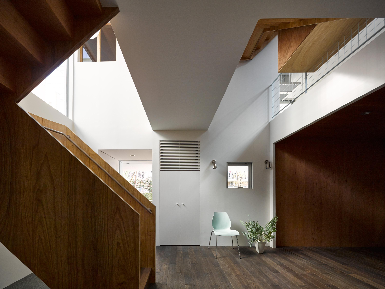 板橋の立体住居の部屋 広々としたエントランス
