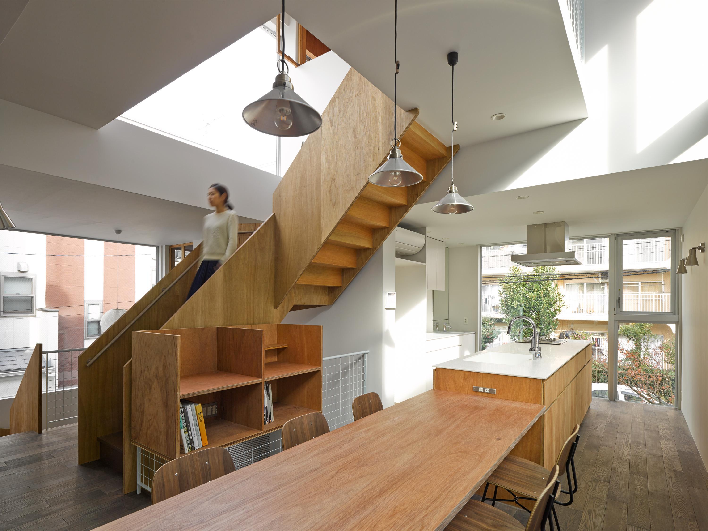 板橋の立体住居の部屋 ダイニングテーブル付きのキッチン
