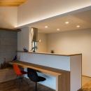 カウンターテーブル付き対面キッチン