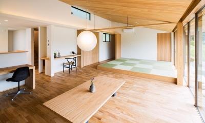畳スペースのあるLDK 自然の恵みを感じる家