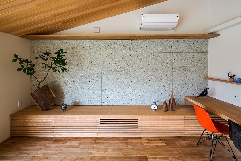 自然の恵みを感じる家の写真 テレビボード