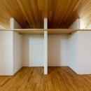 緩やかに囲む家の写真 クローゼットと洋室 2