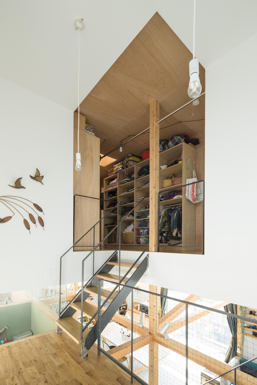 建築家:成瀬友梨/猪熊純「スプリットハウス」