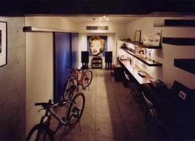 特別な地下室 (宮前の家)