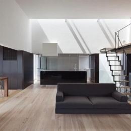 下馬の家 (開放的なLDK(オ-プンキッチン)+和室)