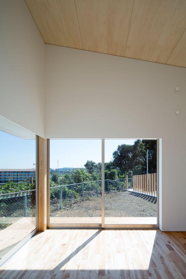 蜂伏の平屋の部屋 開放的なリビング