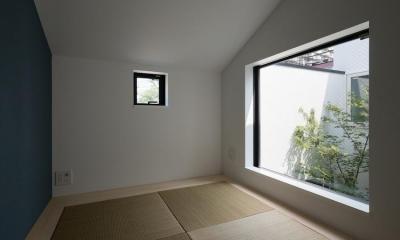 中庭のあるスキップフロアの家・OUCHI-32 (和室)