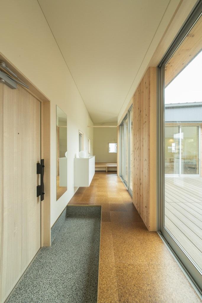 旭-Iの部屋 上がり框のある玄関