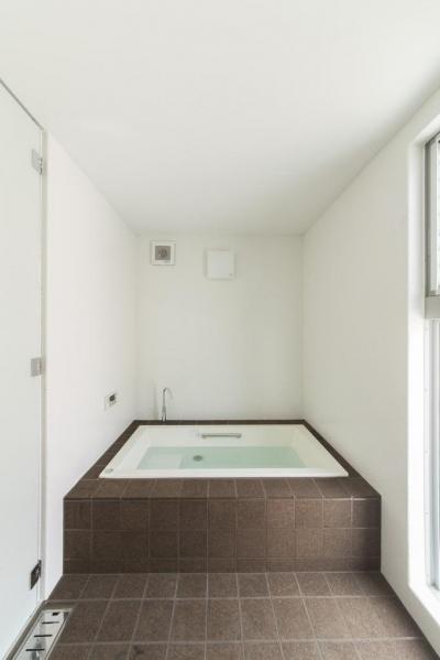 明るい浴室 (旭-I)