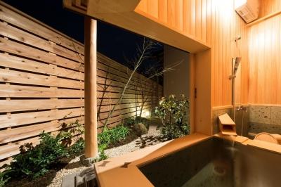 浴室 (宮司の家/古民家再生)