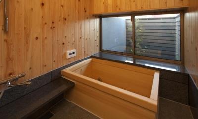 前原の家 (浴室)