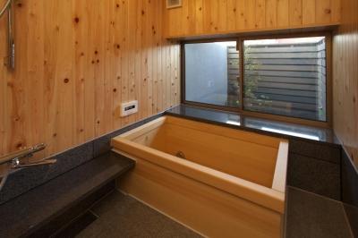 浴室 (前原の家)