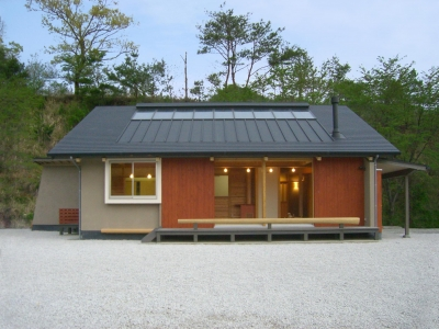 トトロの森に佇む家 (外観)