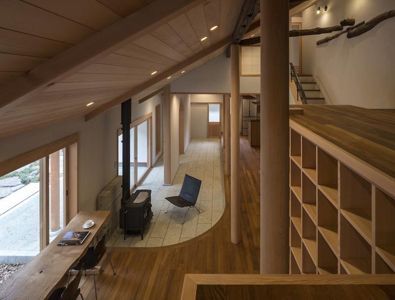 建築家:松井俊一「土間空間のある家−築80年の民家再生−」