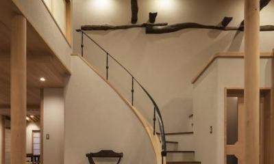 次世代に引き継ぐ家 −世田谷の民家再生− (階段)