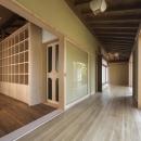 次世代に引き継ぐ家 −世田谷の民家再生−の写真 広縁より北部屋へ
