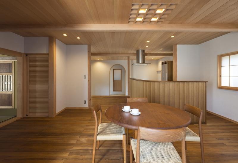 土間空間のある家−築80年の民家再生−の部屋 ダイニングキッチン