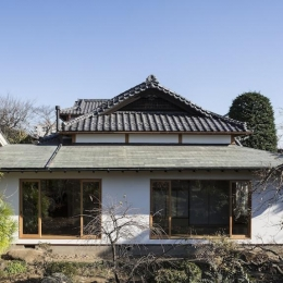 土間空間のある家−築80年の民家再生− (西庭より)
