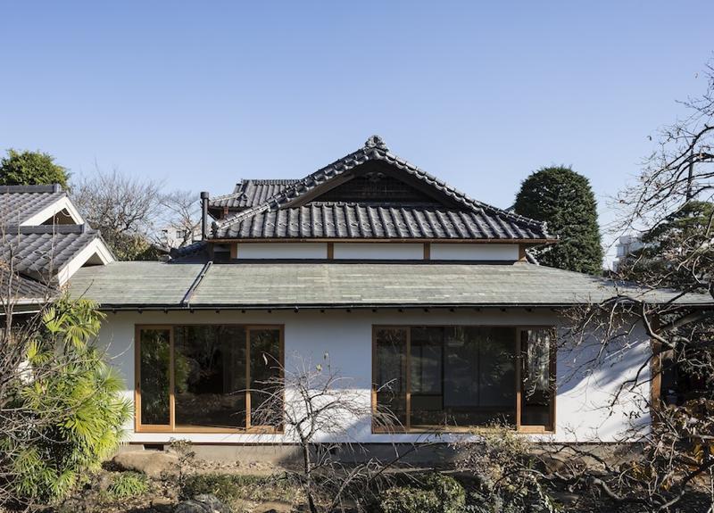 土間空間のある家−築80年の民家再生−の部屋 西庭より