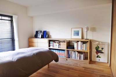 寝室 (無垢材のフローリングにこだわって。木の温もりにつつまれた優しい住まい)