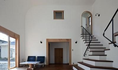 舞踏家の家 (白漆喰のLDK)