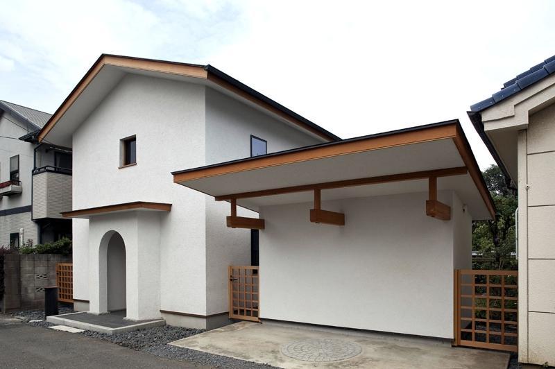 ある舞踏家の家の部屋 外観・駐車スペース