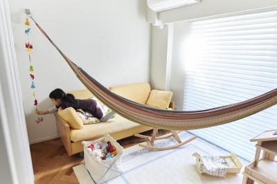 子供部屋 (ブリュッセルのアパートメントのように、家族が心地よく過ごせる空間に暮らしたい)