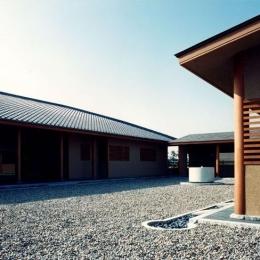 回廊 (迷企羅ー水戸郊外の家)