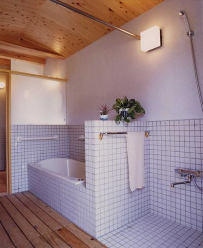 浴室 (長屋門の家)