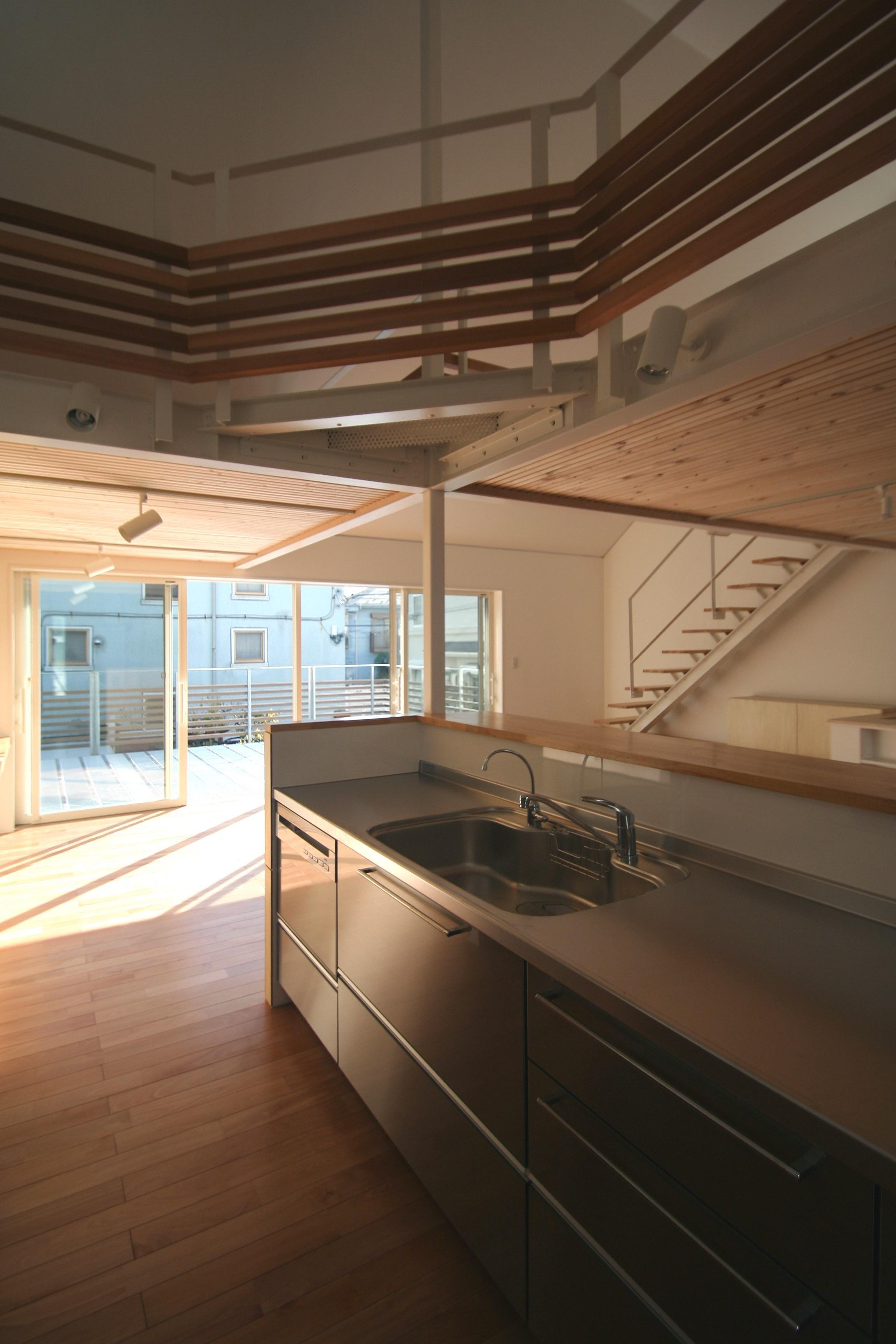 柿の木坂-Tの写真 対面型ステンレスキッチン
