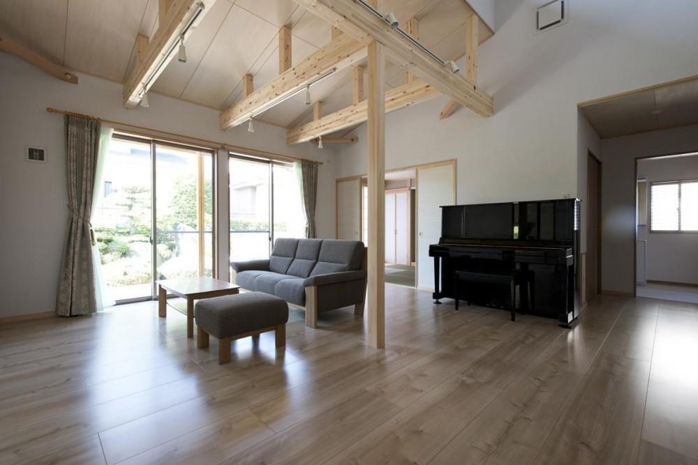 八木建設「将来安心な木を魅せた平屋住宅」