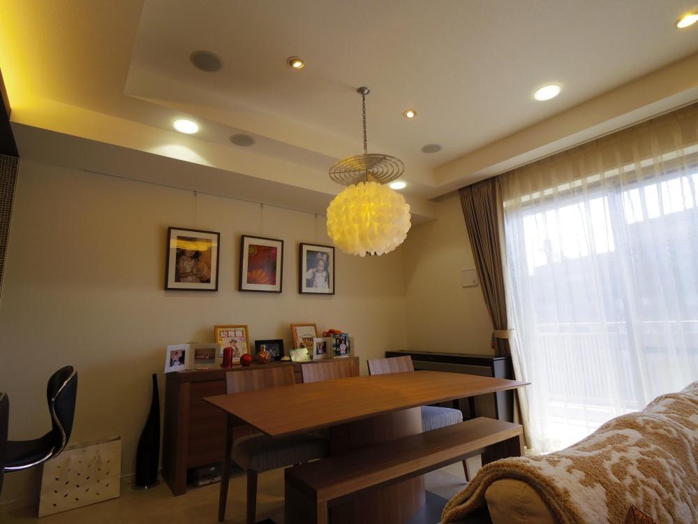 SHINUPS  ーリフォームクラフトー「奥さまの家事動線と収納量にこだわった間接照明のあるリノベーション」