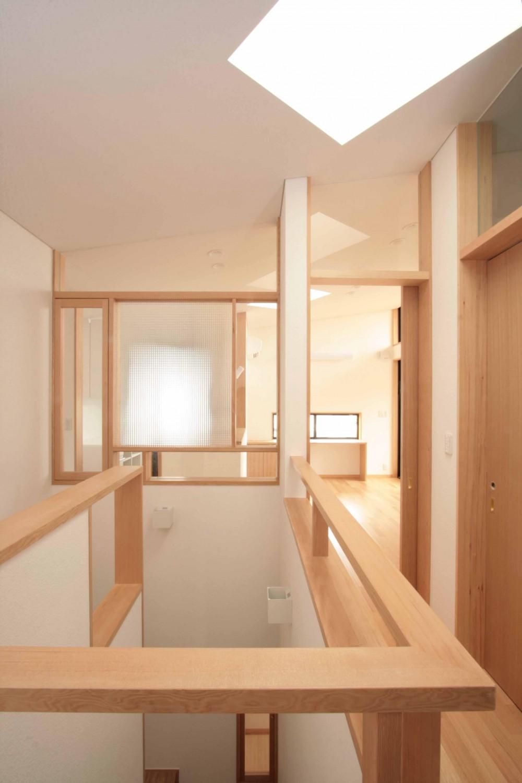 田端の家(お茶室と防音室のある2世帯住宅) (階段室)