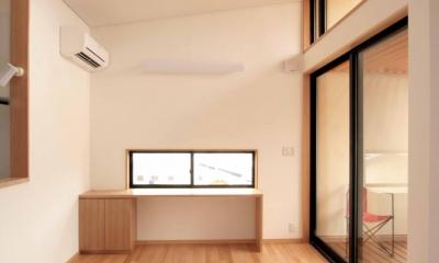 田端の家(お茶室と防音室のある2世帯住宅) (2階、子世帯のダイニングとテラス)