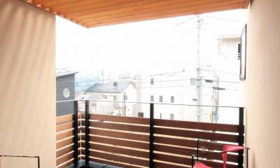 2階、子世帯のデッキテラス|田端の家(お茶室と防音室のある2世帯住宅)