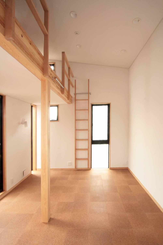 田端の家(お茶室と防音室のある2世帯住宅) (2階、子世帯の子供室)