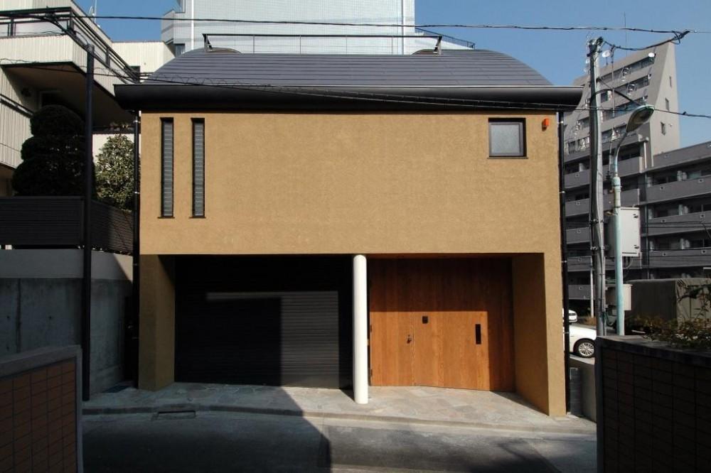 市ヶ谷の家(中庭形式の都市型2世帯住宅・外断熱の家) (外観)